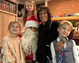 mom with kiids and santa